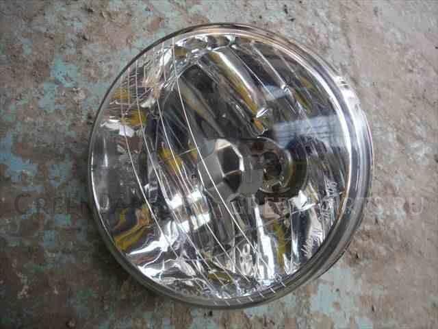 Туманка бамперная на Toyota Noah AZR65G 1AZ-FSE 13-42