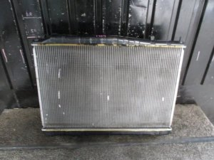 Радиатор двигателя на Nissan Cima GF50 VK45DD