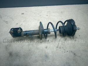 Стойка амортизатора на Toyota Voxy AZR60G 1AZ-FSE
