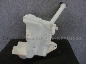 Бачок омывателя на Toyota Aqua NHP10 1NZ-FXE