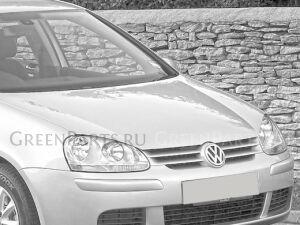 Капот на Volkswagen Golf