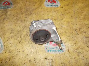 Подушка двигателя на Nissan Cefiro A32/A33 VQ20/25