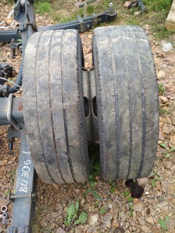 шины dunlop dunlop 185/65R15LT на дисках R15
