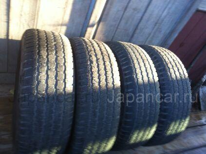 Всесезонные шины Michelin 245/65 17 дюймов б/у во Владивостоке