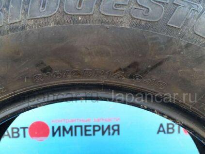 Летнии шины Bridgestone sneaker 215/65 14 дюймов б/у в Чите