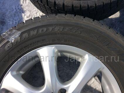 Зимние шины Dunlop Grandtrek sj7 215/70 16 дюймов б/у в Новосибирске
