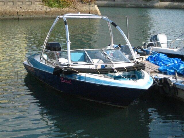лодка пластиковая WELLCRAFT 20DX 1993 года