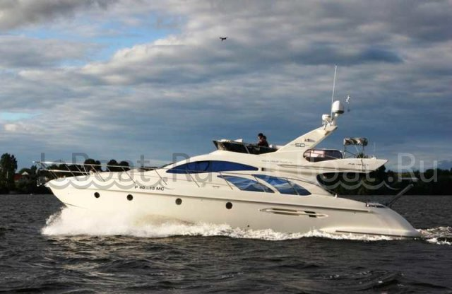 яхта моторная AZIMUT 50 2006 года