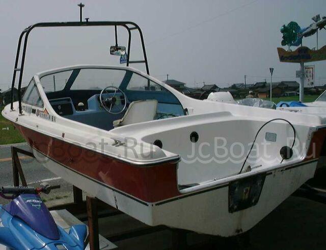 лодка пластиковая YAMAHA 1993 года