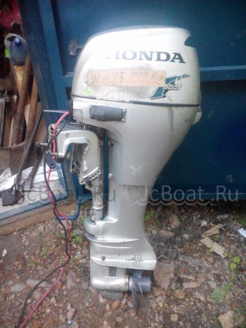 мотор подвесной HONDA 2003 года