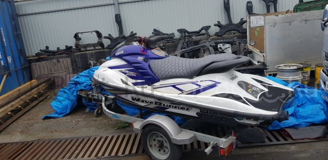 водный мотоцикл YAMAHA GP800R 2001 г.
