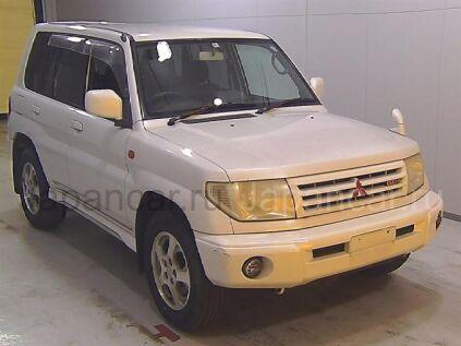 Mitsubishi Pajero IO 2000 года во Владивостоке