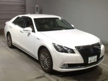 TOYOTA CROWN MAJESTA 2016