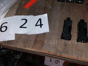 Кнопка на Toyota Vanguard ACA33 ACA38 GSA33 2GR 2AZ 8479452020