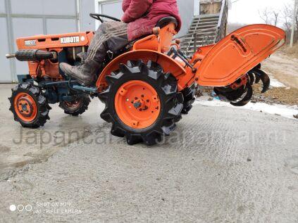 Трактор колесный KUBOTA B5001 2012 года во Владивостоке
