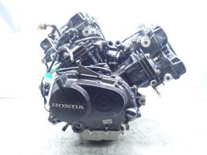 Двигатель vt250 spada mc15e