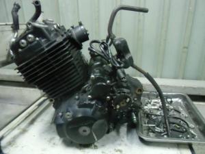 Двигатель xr400 motard nc38e