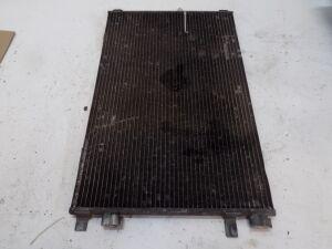 Радиатор кондиционера на Renault Scenic