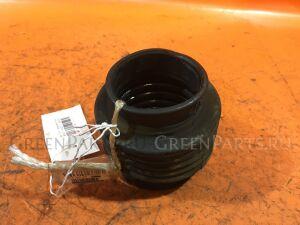 Патрубок воздушн.фильтра на Nissan Cefiro A33 VQ20DE