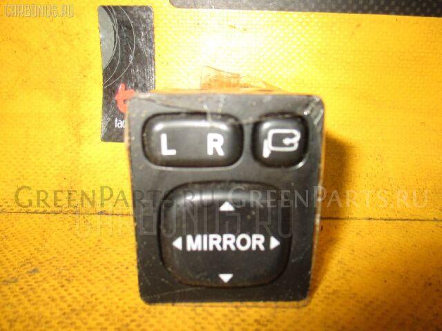 Блок управления зеркалами на Toyota Voxy AZR60G 1AZ-FSE