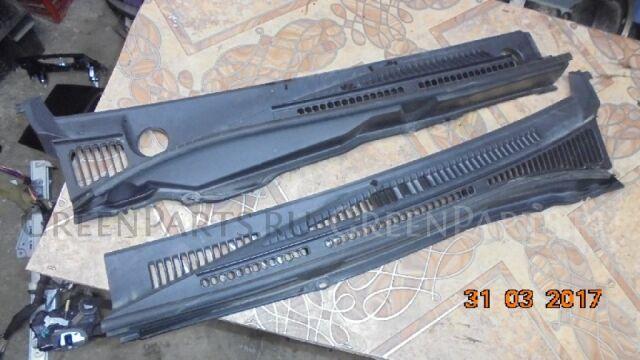 Решетка под лобовое стекло на Suzuki Escudo TD54W TD94W J20A H27A