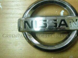 Эмблема на Nissan Pathfinder (R51M)