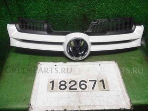 Решетка радиатора на Volkswagen Golf WVWZZZ1KZ6U024955 BVY