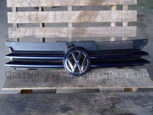 Решетка радиатора на Volkswagen Golf WVWZZZ1JZXP316954 AGN-DE