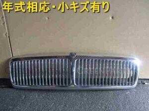 Решетка радиатора на Jaguar XJ SAJ-JFKLG3BJ768598 9H
