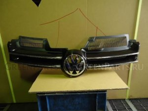 Решетка радиатора на Volkswagen Golf 023201 BLF
