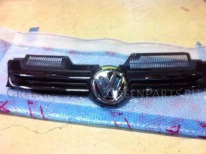 Решетка радиатора на Volkswagen Golf WVWZZZ1KZ8U031443 CAX